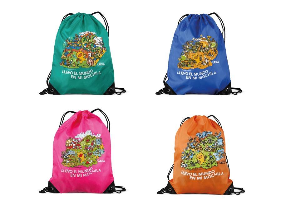 La mochila para conocer mundo cuatro colores