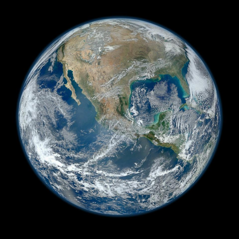 Nueva imagen de la Tierra por la nasa