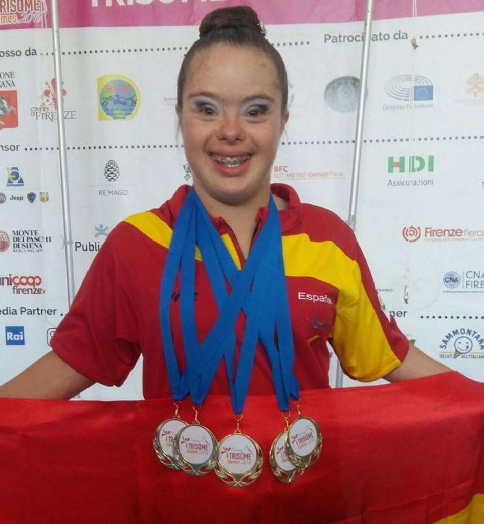 El Gancho. Sara Marin Cinco medallas1
