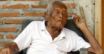 Mbah Gotho 145 años 2