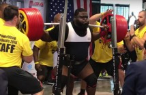 Ray Williams con 456 kilos encima