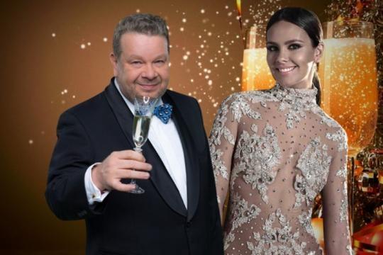 Campanadas 2017 Chicote y Pedroche. Antena 3