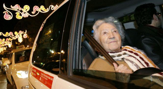 taxistas solidarios en sevilla2