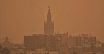 Llueve barro en Sevilla