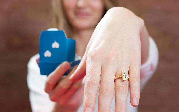 Y si te regalan un anillo con forma de pizza