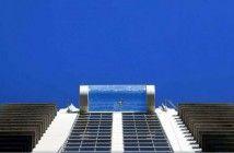 una-piscina-suspendida-en-el-aire2