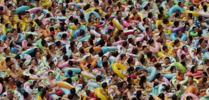 Los baños multitudinarios de China…