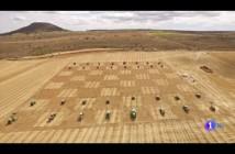 ajedrez-con-tractores-hinojosa-guadalajara-españa