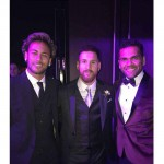 Neymar y Dani Alves con Messi