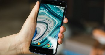 hct-u11-movil-que-se-estruja-smartphone
