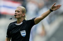 Bibiana-Steinhaus-la-primera-mujer-arbitro-de-primer-nivel