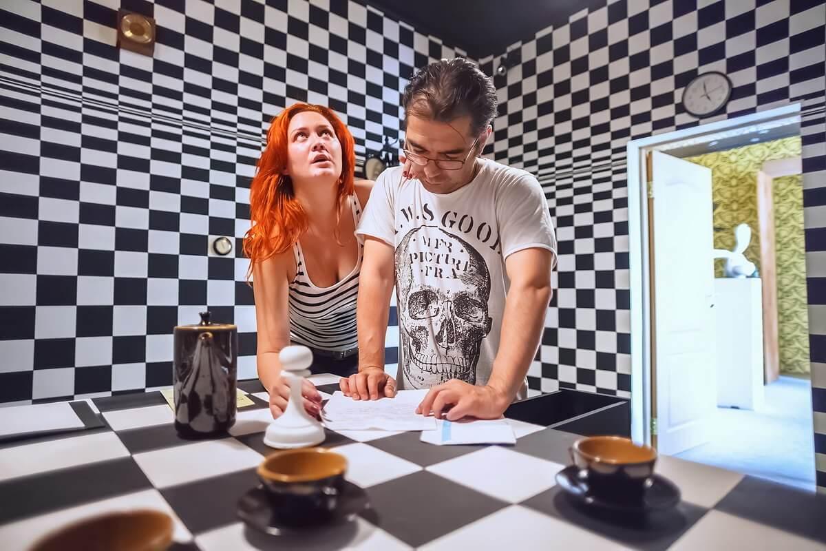 Room Escape Alicia En El Pais De Las Maravillas