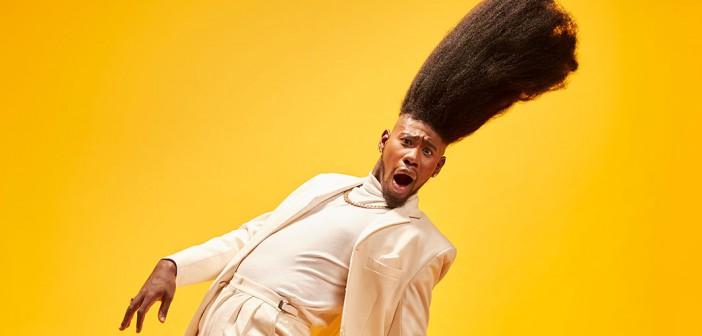 ¡El peinado más alto del mundo!