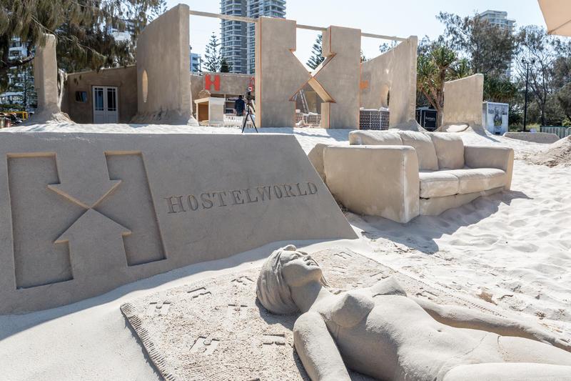 primer-hostal-de-arena-del-mundo-sand-hostel