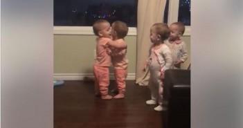 los-virales-abrazos-de-las-pequenas-cuatrillizas