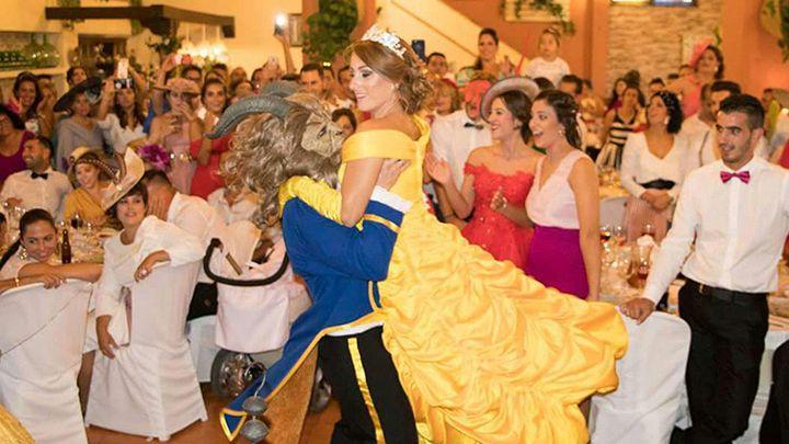La-boda-de-La-Bella-y-la-Bestia-de-Cadiz